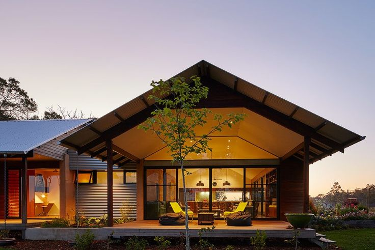Modern australian farm house with passive solar design Solar passive home designs