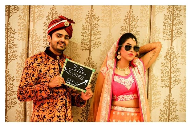 fun wedding photos Sandeep Gadhvi wedding photography Baroda weddingsOnline India