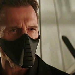 """""""Прошу прощения, мне пора уничтожать город"""" (Рас Аль Гул в Бэтмен. Начало)  .  Какой вежливый молодой человек!"""
