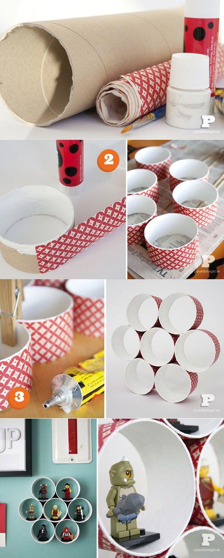 prateleira feita de rolo de papelão para miudezas