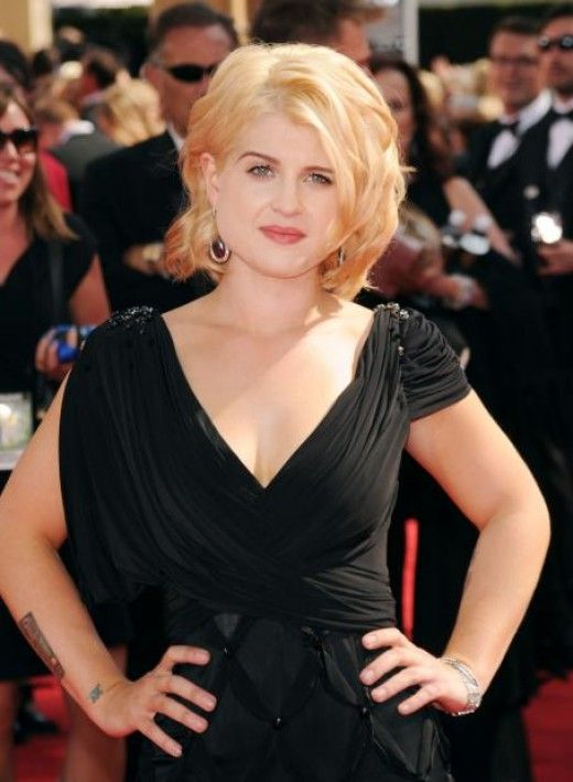 Slenderizing Haircuts For Fat Faces Kelly Osbourne Hairstyles For Women With Fat
