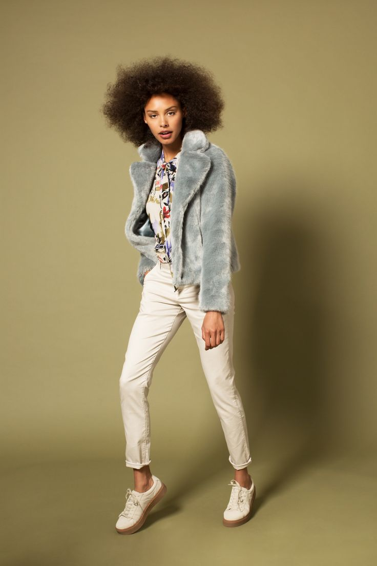Campaign Fall | Photography | Fake Furr | Blue | Coat | Beige Pants | Pretty Different