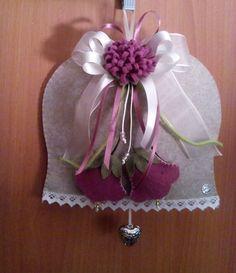 Cartamodello per fare una campana in feltro per Pasqua