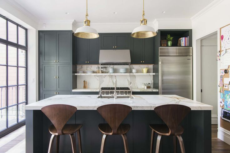 CUMBERLAND ST TOWNHOUSE 2 - elizabeth roberts architecture & design pc; cabinet color matched to Waterworks' Wellie
