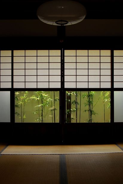 Japanese traditional room, Washitsu 和室 Transparent glass to control and frame view, translucent glass to allow diffused light and limit view.
