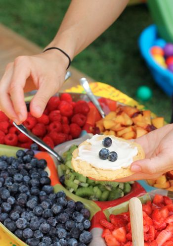 Mini Fruit Pizza Bar... great idea for a party (Note to self: could totally make this vegan with a few alterations)