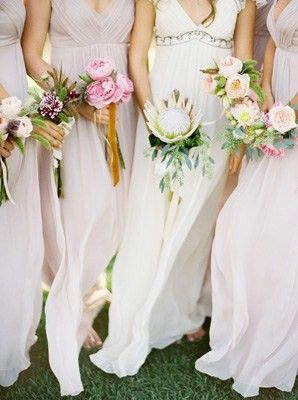 Like The Diffe Simple Bouquets Bridesmaid