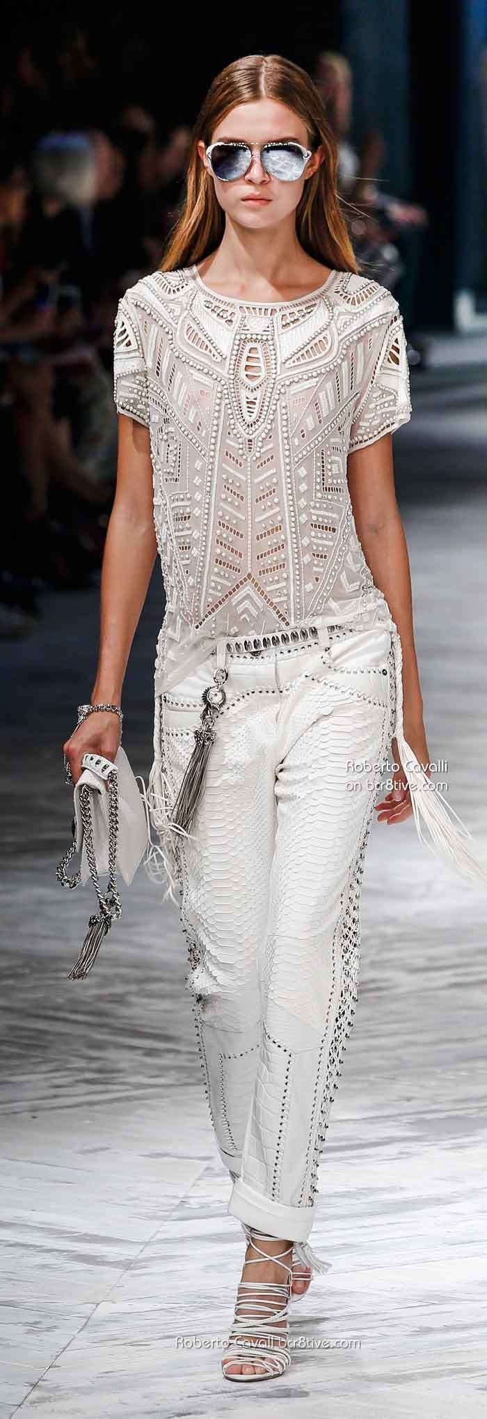 Total white look perfect for summer - Roberto Cavalli Spring 2014