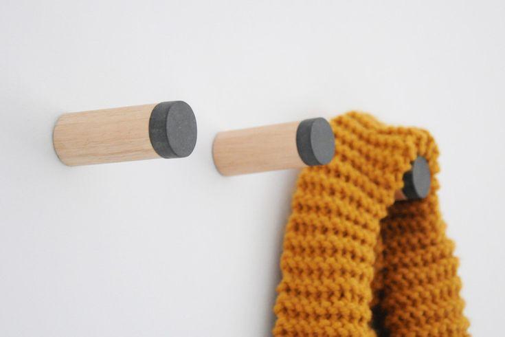 hook, wall hook, pendurador, cabideiro - 129,00