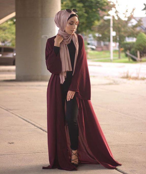 Pinterest: @eighthhorcruxx. Dark red open abaya with blush pink hijab and black heels. Jasminefares