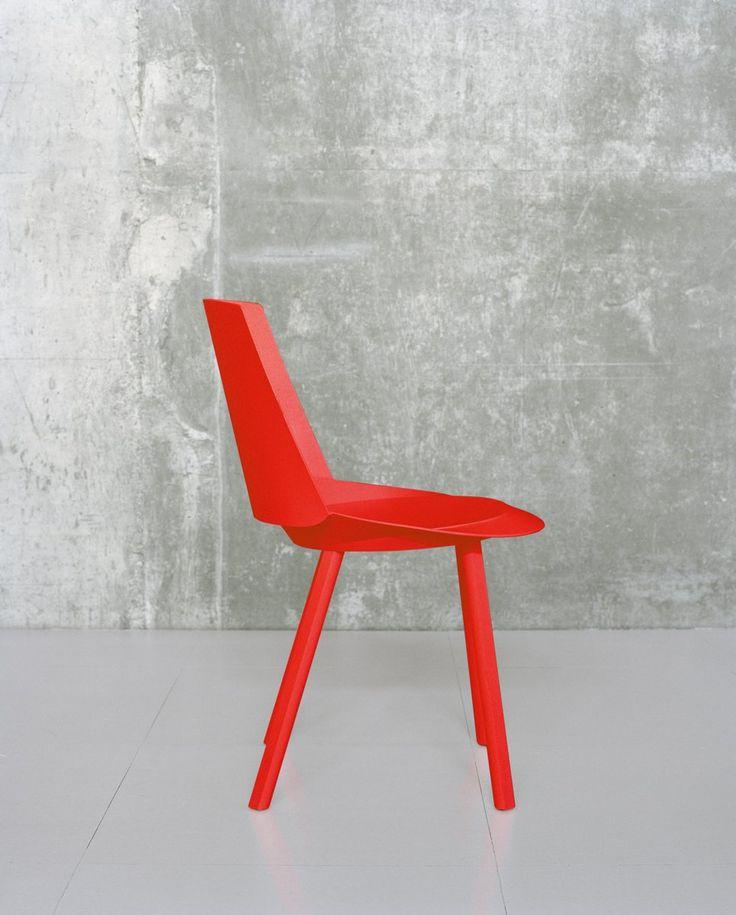 Side chair: CH04 Houdini by Stefan Diez Office for e15.