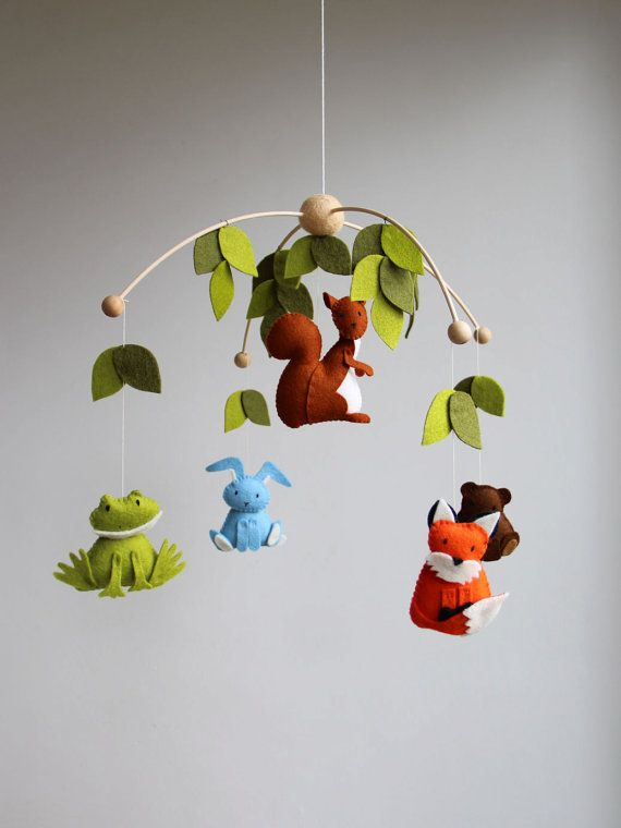 baby mobile, woodland mobile, forest animal mobile, wool felt mobile, forest creatures mobile, owl, frog, squirrel, bear, bunny, fox, deer