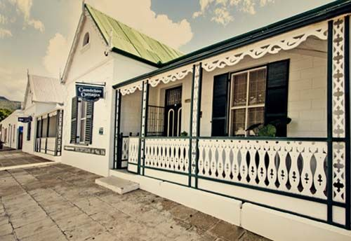Camdeboo Cottages – B or Self-catering accommodation in Graaff-Reinet. Have stayed here and loved it!