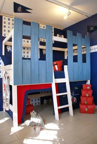 Highrise-bed Knights Castle by JustKiddingkidsrooms, via Flickr