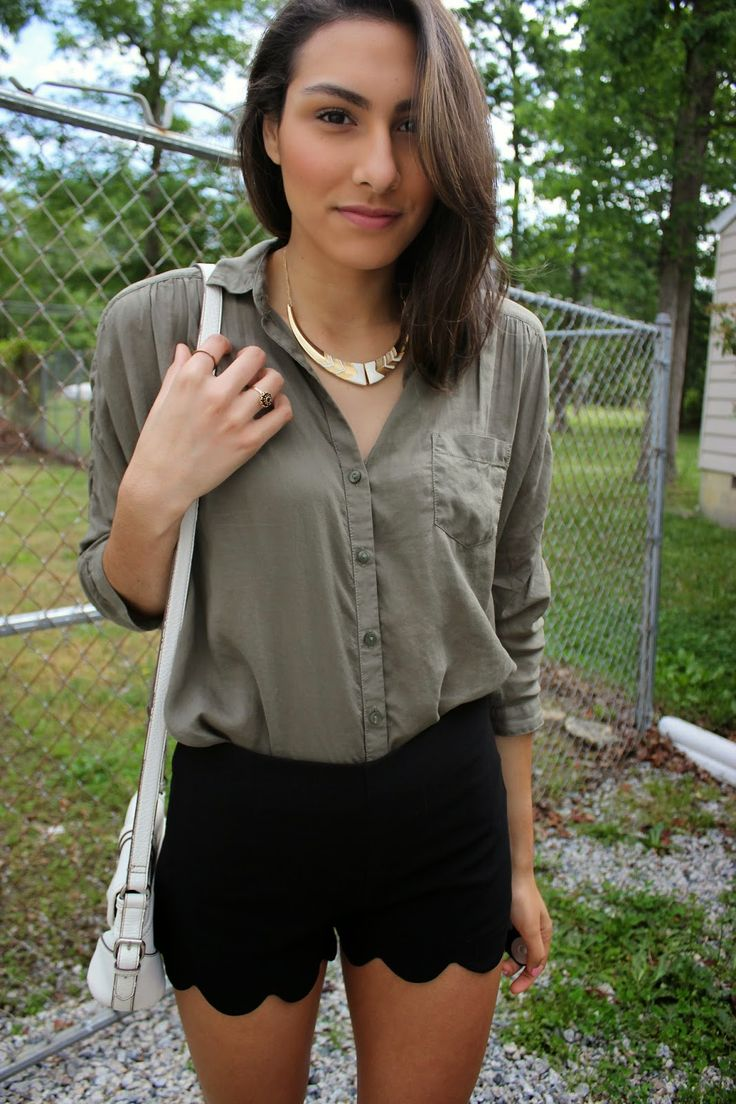 Women 39 S Dark Green Button Down Blouse Black Shorts White