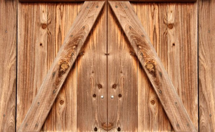 #Alberta has a rich agricultural history, and we all want to tap into that culture. Should you consider a barn door? https://goo.gl/Qqx96Z