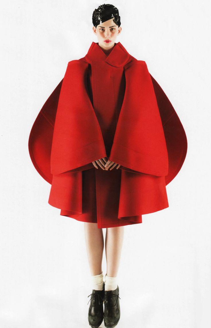 コム デ ギャルソン川久保玲のロングインタビュー。|ファッションニュース(流行・モード
