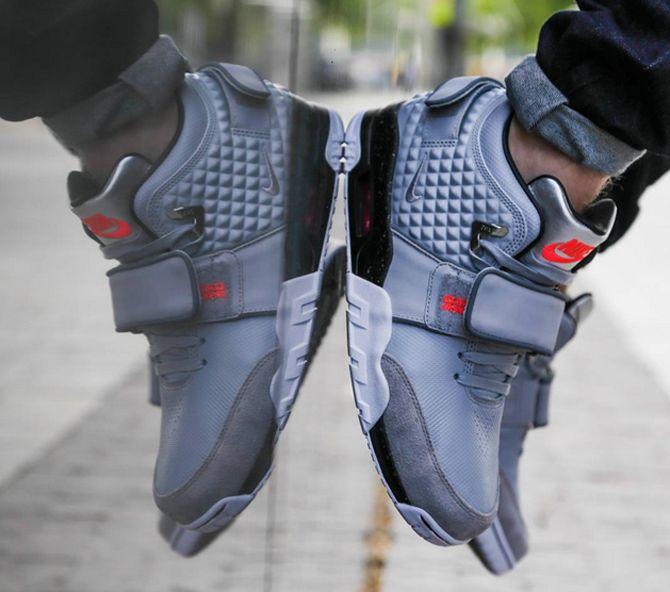 8c11603dcaeba Foot Locker Just Leaked Victor Cruz s Signature Shoe