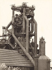 OHIO. Blast Furnace, Cleveland, Ohio, USA, Bernd and Hilla Becher, 1980. © Bernd and Hilla Becher