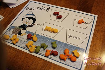 Penguin Fishing Game (Freebie!) from Criss-Cross Applesauce: Colors Games, Learning Colors, Teaching Colors, Games Freebies, Criss Crosses Applesauce, Fish Games, Penguins Fish, Fishing Games, Goldfish Crackers