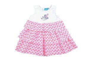 Vestido para bebe niña, con vuelos y en tela estampada con lacitos en diferentes tonos de rosado. Escote redondo y sin mangas.
