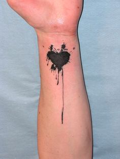 ... heart tattoos tattoo black heart ideas tattoo designs bleeding heart