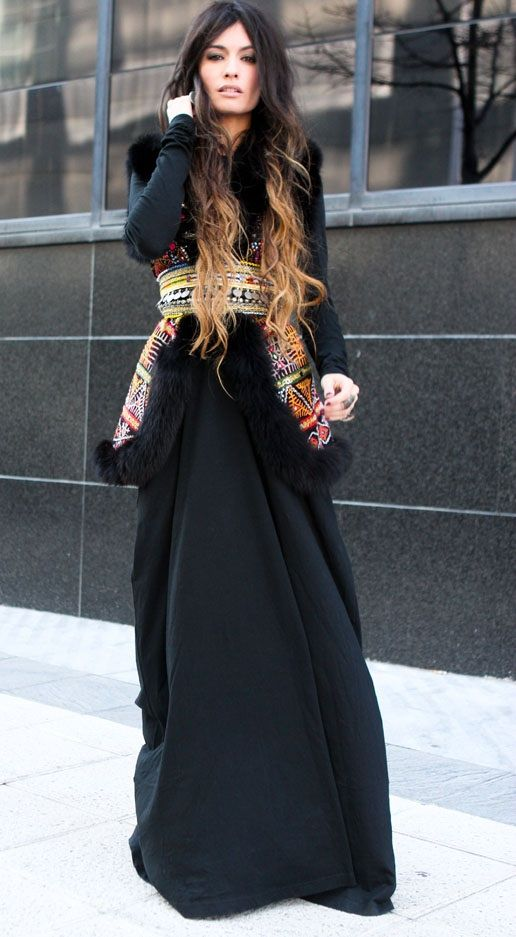 Gorgeous gypsy style ensemble as worn by the beautiful Madame de Rosa. Love that ethnic belt!