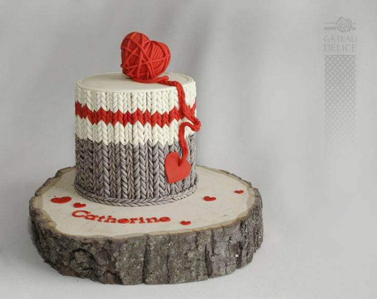 wool socks cake - Cake by Marie-Josée