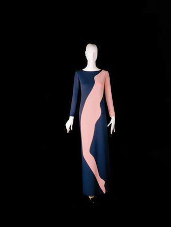 """Yves Saint Laurent, Long evening dress, tribute to Tom Wesselmann, haute couture collection, Fall-Winter 1966. Navy blue wool jersey, encrusted """"silhouette"""" motif."""