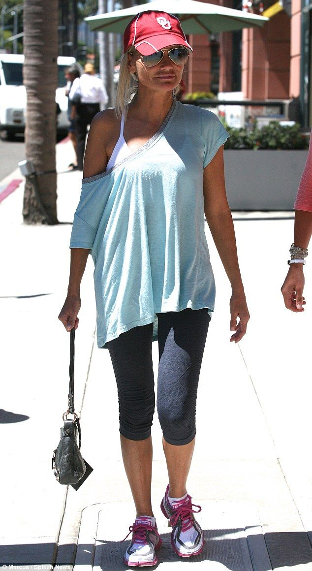 Grew up in Broken Arrow: Make-up free Kristin Chenoweth showed her Oklahoma state pride wh...