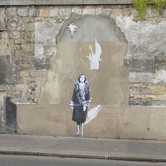 Dans les rues de... #paris #streetart #blackandwhite