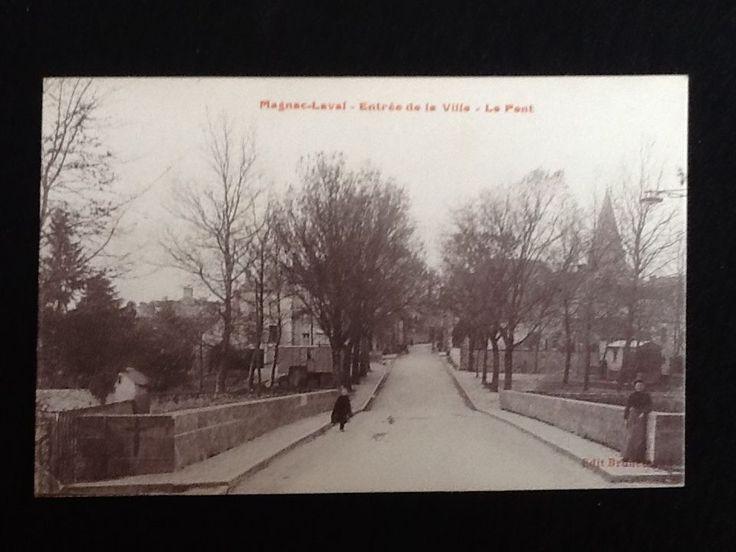 Carte postale ancienne Magnac-Laval (Haute-Vienne) Entrée de la Ville