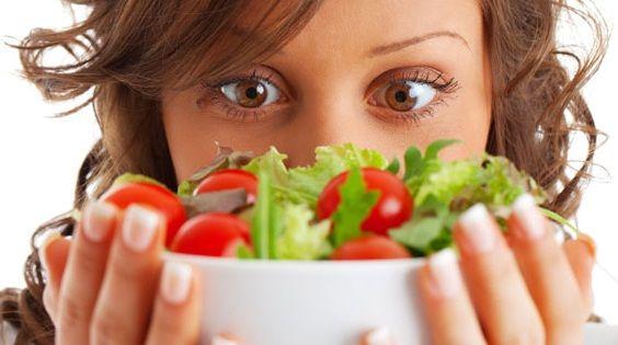 Che cos'è l'ortoressia? Si tratta di una forma di attenzione abnorme alla scelta del cibo, alle regole alimentari e allo stile di vita che ne consegue, che va ad intaccare poi anche la sfera personale; in pratica un'ossessione psicologica per…