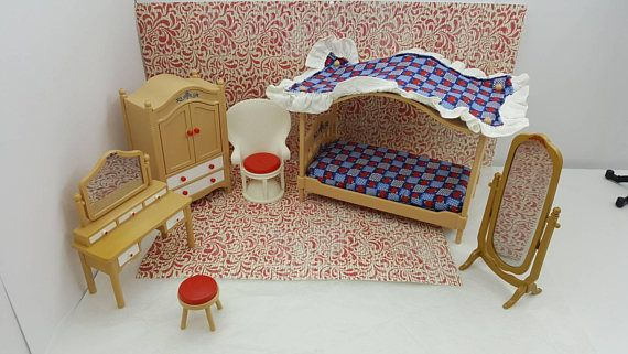 Tomy Smaller House Bedroom Canopy bed Vanity and Wardrobe Armoire Mirror Fan Chair Fits 3/4 to 1 inch scale hard Plastic #EcochicWlvTeam #CanopyBed #DollHouse #VogueteamCanteam #DollhouseToy #WardrobeArmoire #MarxieMansion #MarxRenwal #MiniatureDollToy #TomySmallerHouse #dollhouse#miniatures#dolls#vintagetoys#retro#midcentury#marx#renwal#minimalscratch#etsyseller