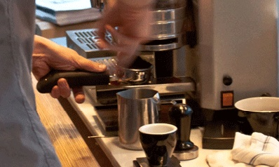 Learn to make a killer espresso with the ultimate espresso workshop with the coffee experts of Montreal. Regardless of which machine you own, you'll be waking up to the best coffee every morning after.