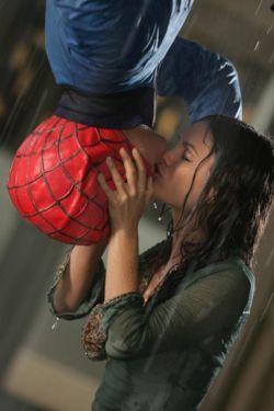 セスとサマーの最後の キスシーン 『スパイダーマン』