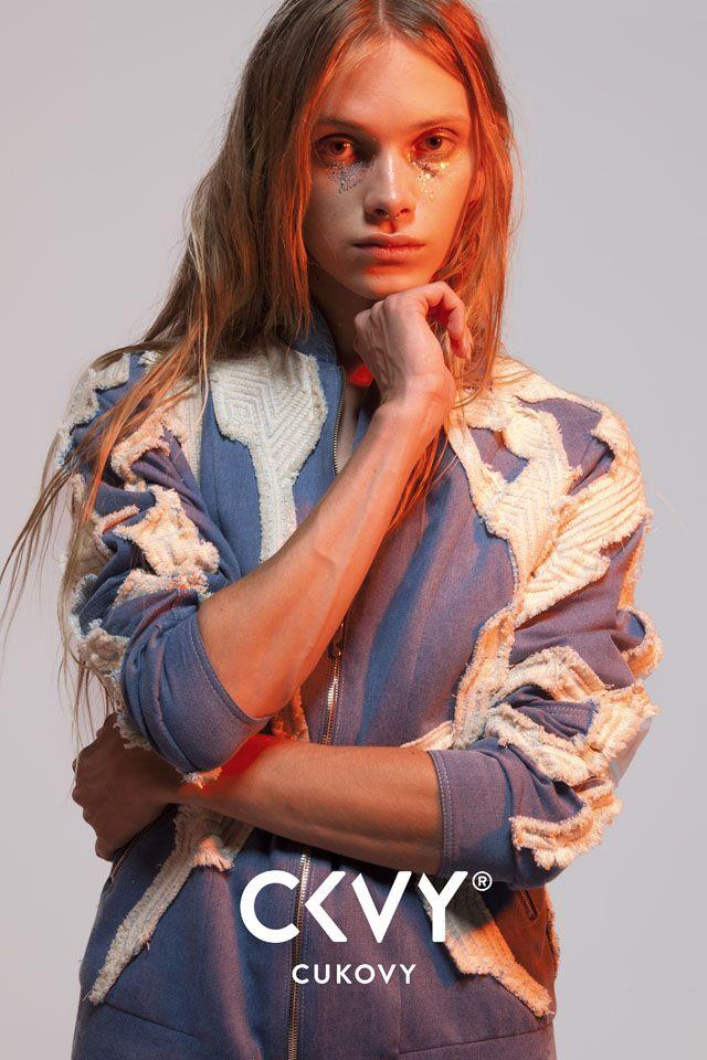 Egyenlőség a divatban - Uniszex kollekcióval rukkolt elő a magyar Cukovy http://www.glamouronline.hu/divathirek/egyenloseg-a-divatban-uniszex-kollekcioval-rukkolt-elo-a-magyar-cukovy-21213