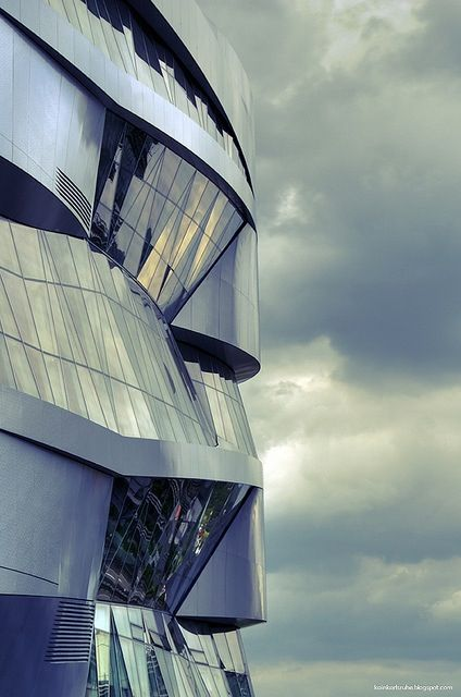 Mercedes Benz Museum, Stuttgart by UN  #architecture ☮k☮