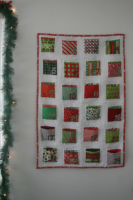 Sewn Advent Calendar Ideas : Pocket advent calendar from sew mama i made this