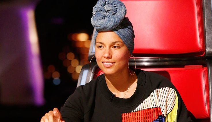 Alicia Keys Isn't Wearing Any Makeup On 'The Voice'