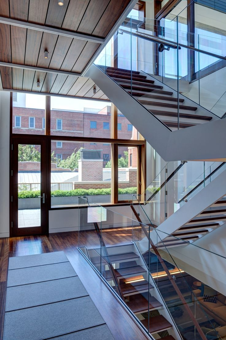 Best Three Story Barn Transformed In Lincoln Park Staircase 640 x 480