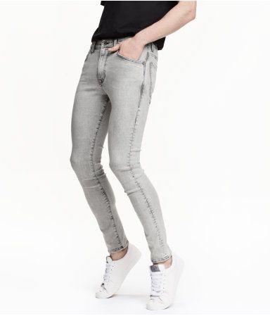 Grijs. Tech Stretch. 5-pocketjeans van superelastisch denim voor optimale bewegingsvrijheid en maximaal comfort. De jeans heeft een lage taille en extra