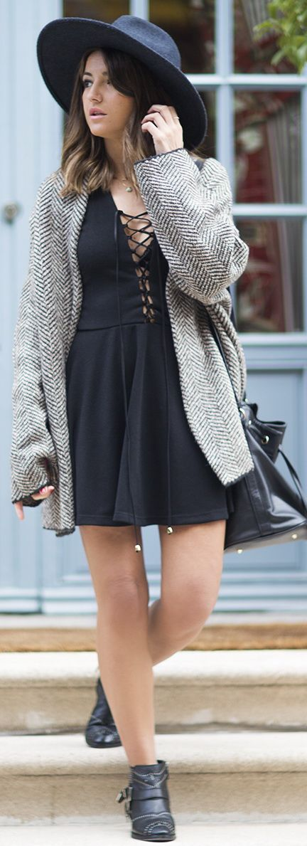 dress: Wolflamb (au/w 15-16) booties: Anine Bing coat: Zara (au/w 15-16) bag: Mango (old) hat: H&M