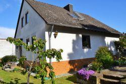 Gerolsheim:  Freistehendes Einfamilienhaus mit Einliegerwohnung in ruhiger Lage - In der Nähe von Ludwigshafen MannheimFrankenthal Speyer Bad Dürkheim...