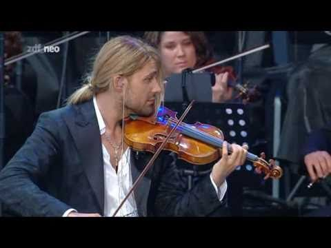 David Garrett - November Rain - Berlin 08.06.2010. makes me regrett giving up the violin when I was a kid. This guy is amazing.