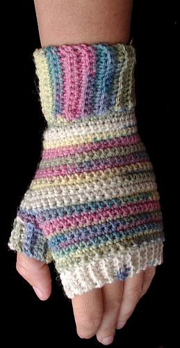 My daughter so wants to make these! Crochet fingerless gloves!!