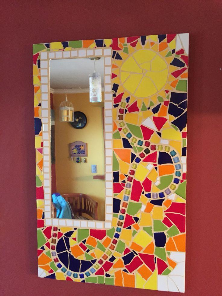 Espejo en mosaico.