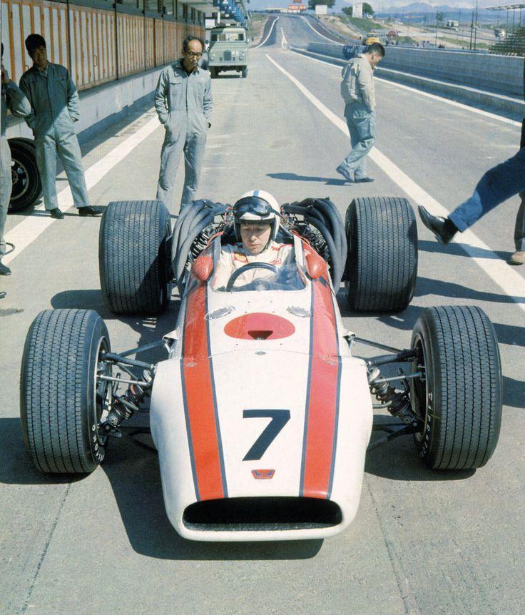 1968 John Surtees - Honda Racing Team - Honda RA300 Honda