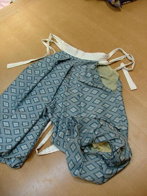 Heian era men's costume copy by crimsongriffin28, via Flickr
