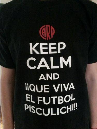 ¡Qué viva el fútbol Pisculichi! ¿Como conseguirla? Acá ► http://www.reportefutbolproductos.blogspot.com.ar/p/remeras-de-futbol.html…